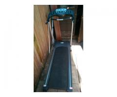 Vand banda de alergat ( pro fitness treadmill) functioneaza nota 10